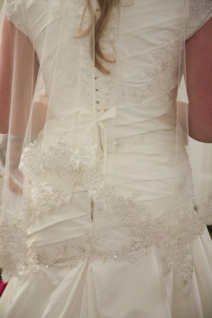 Veil, corset back, asymmetrical waist, lace